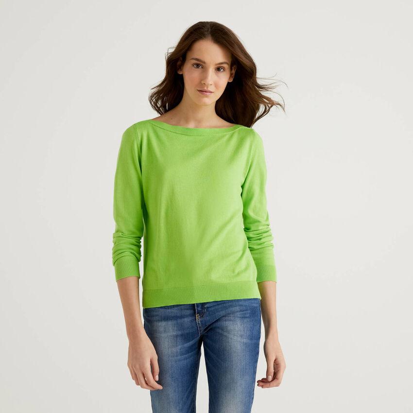 Boat neck sweater