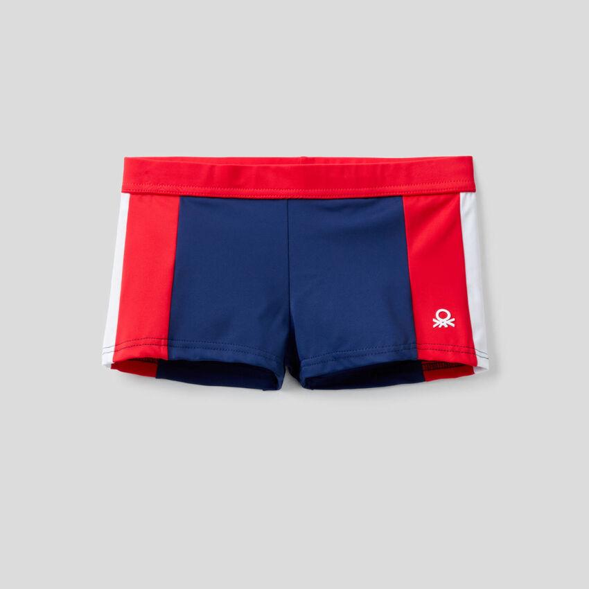 Swim trunks in ECONYL®