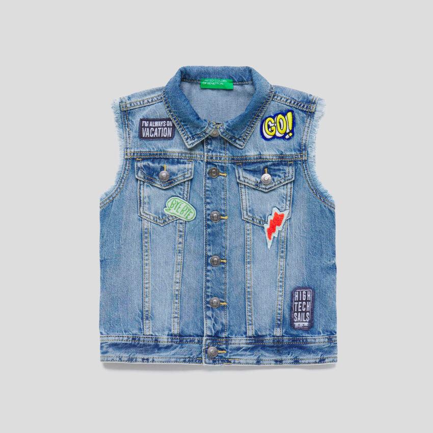 Denim vest with patch
