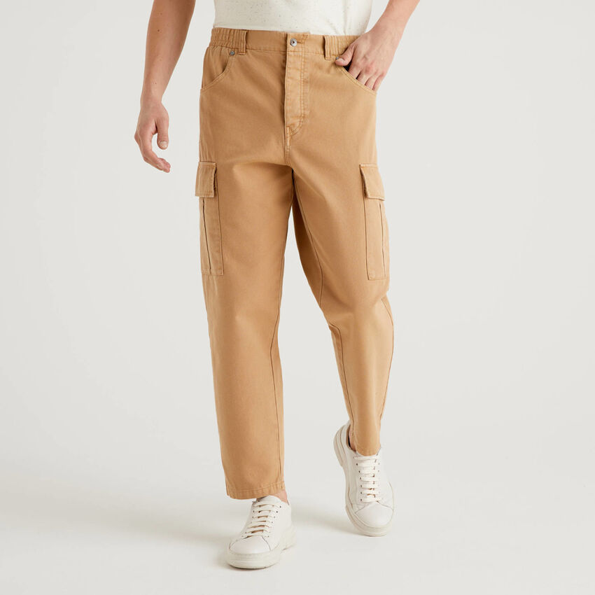 Cargo trousers in 100% cotton