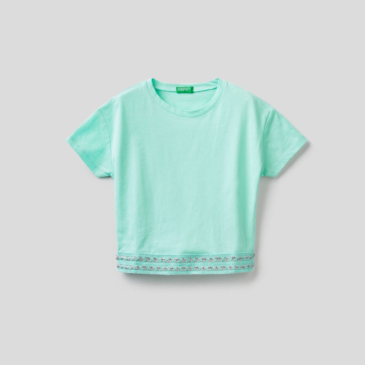 Cotton t-shirt with cropped pocket