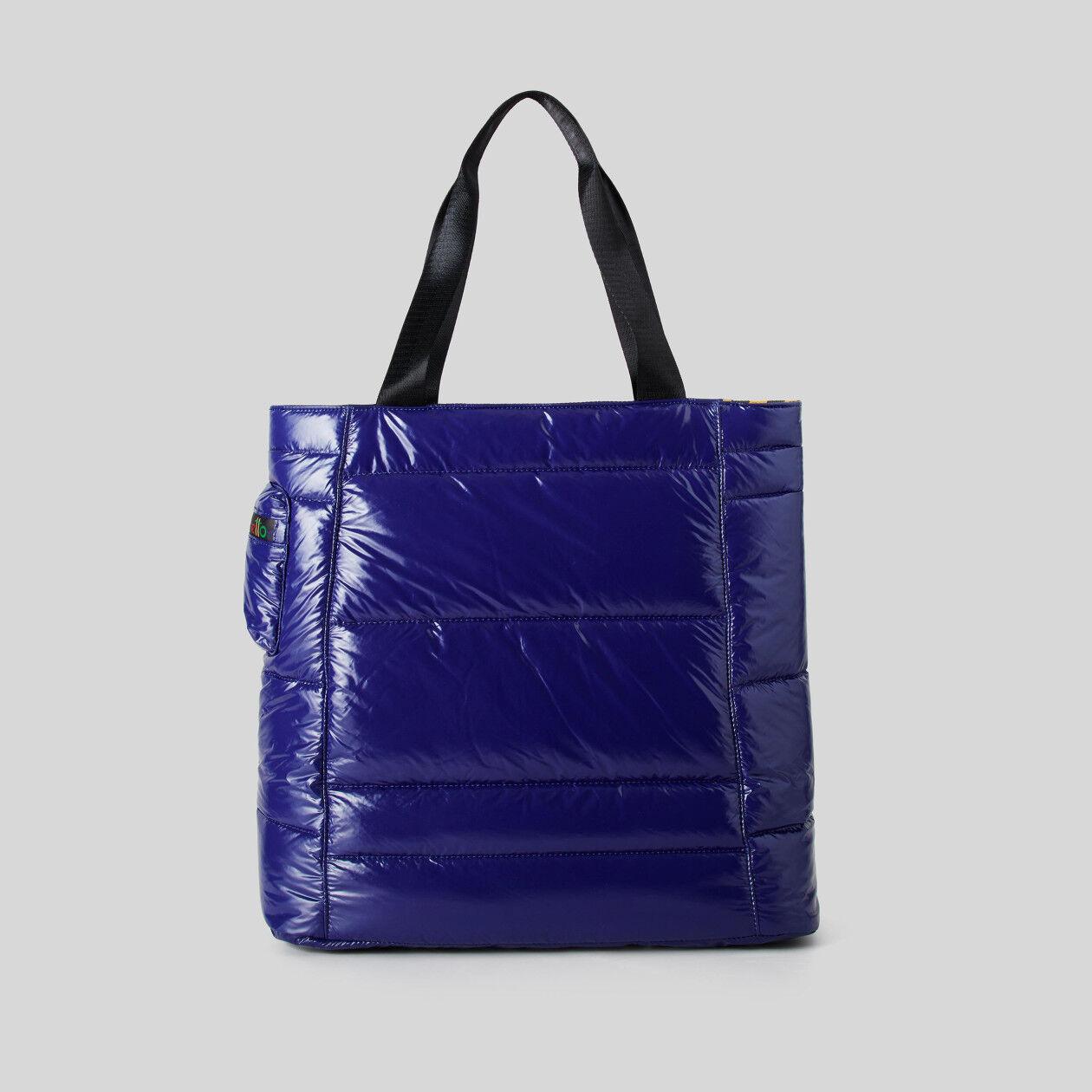 Reversible padded bag