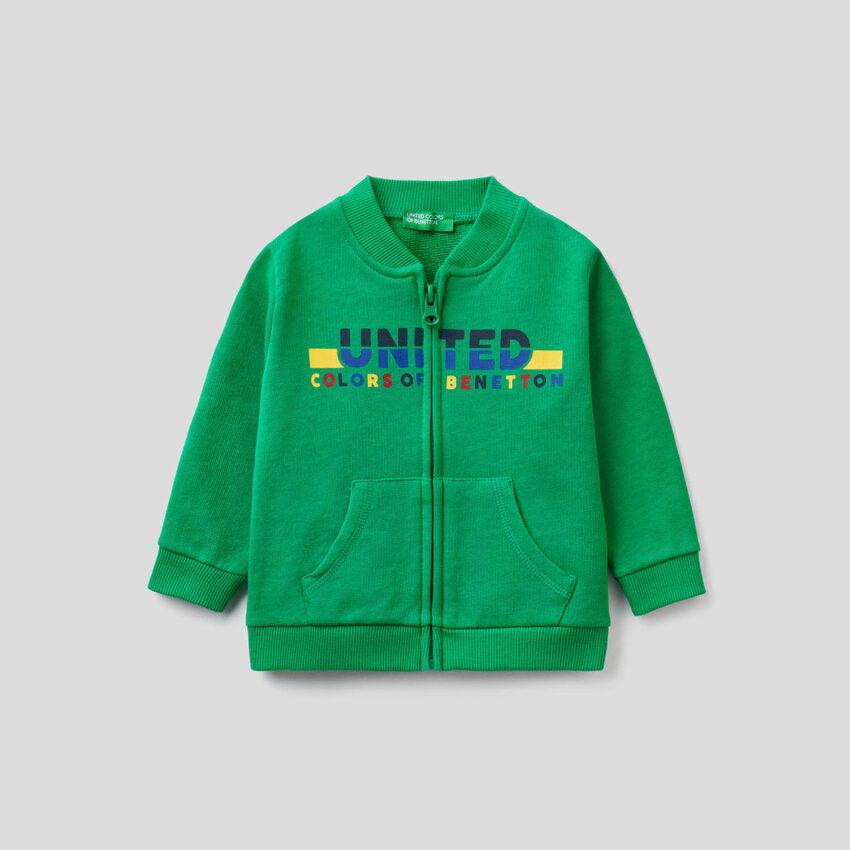 Green sweatshirt in organic cotton