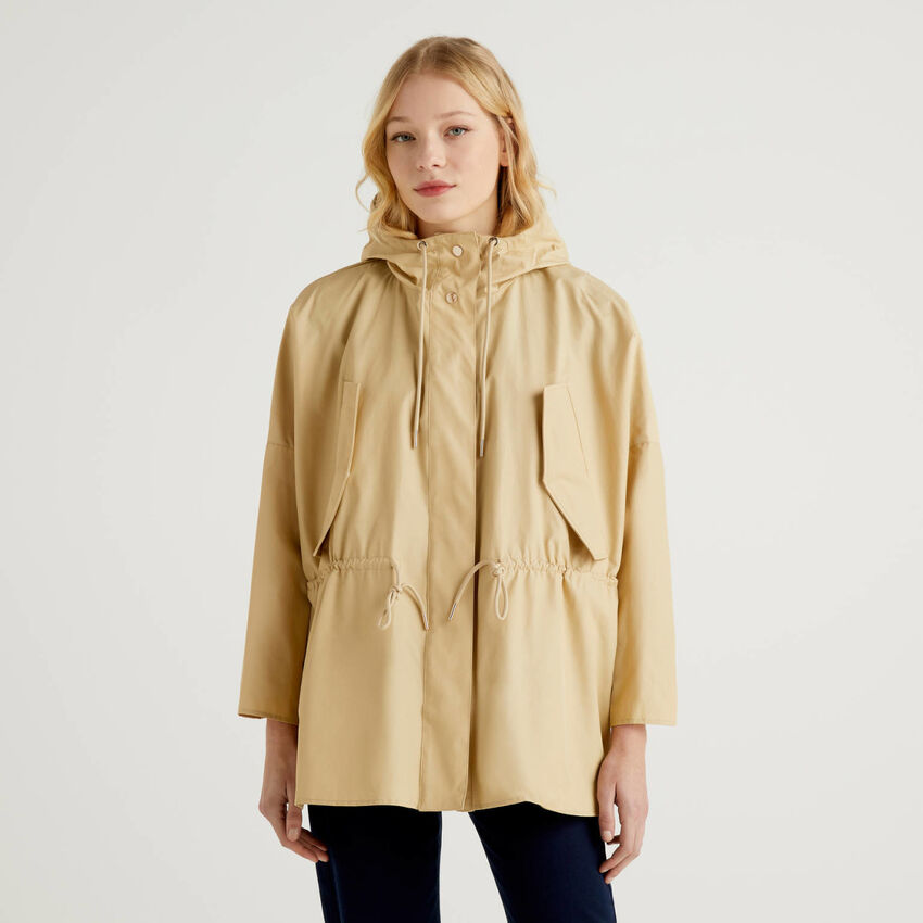Jacket with hood and drawstring