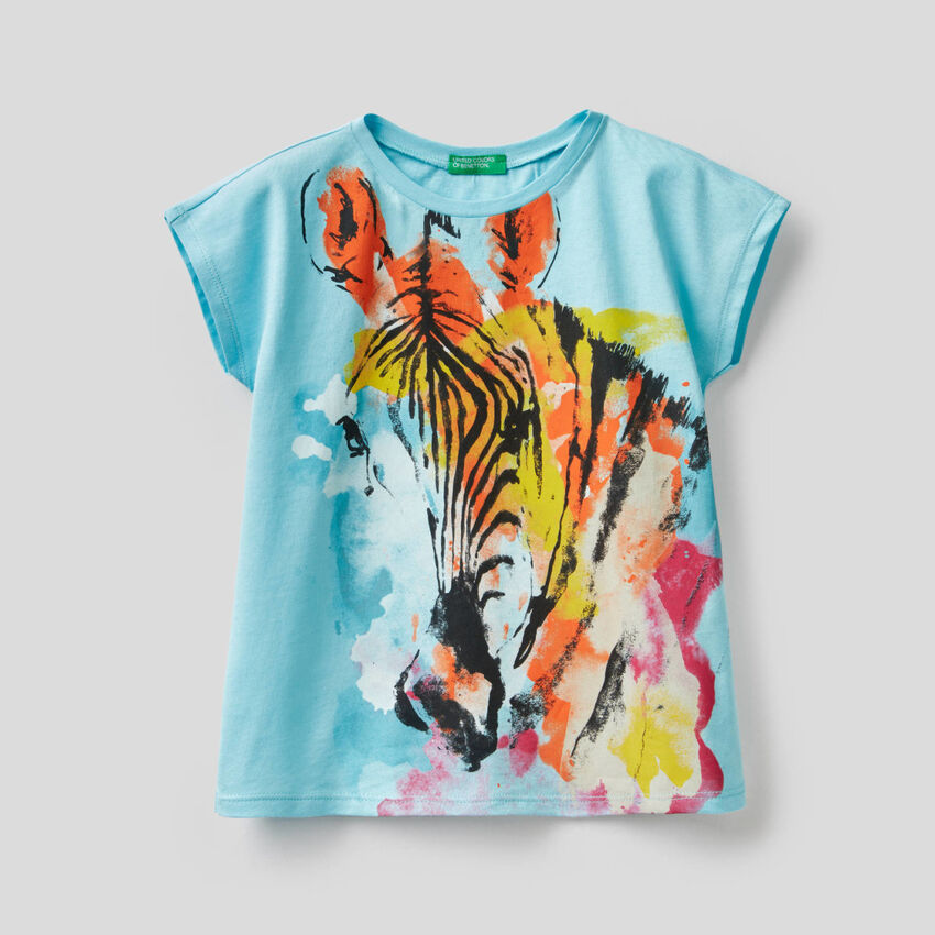 T-shirt with multicolor zebra print