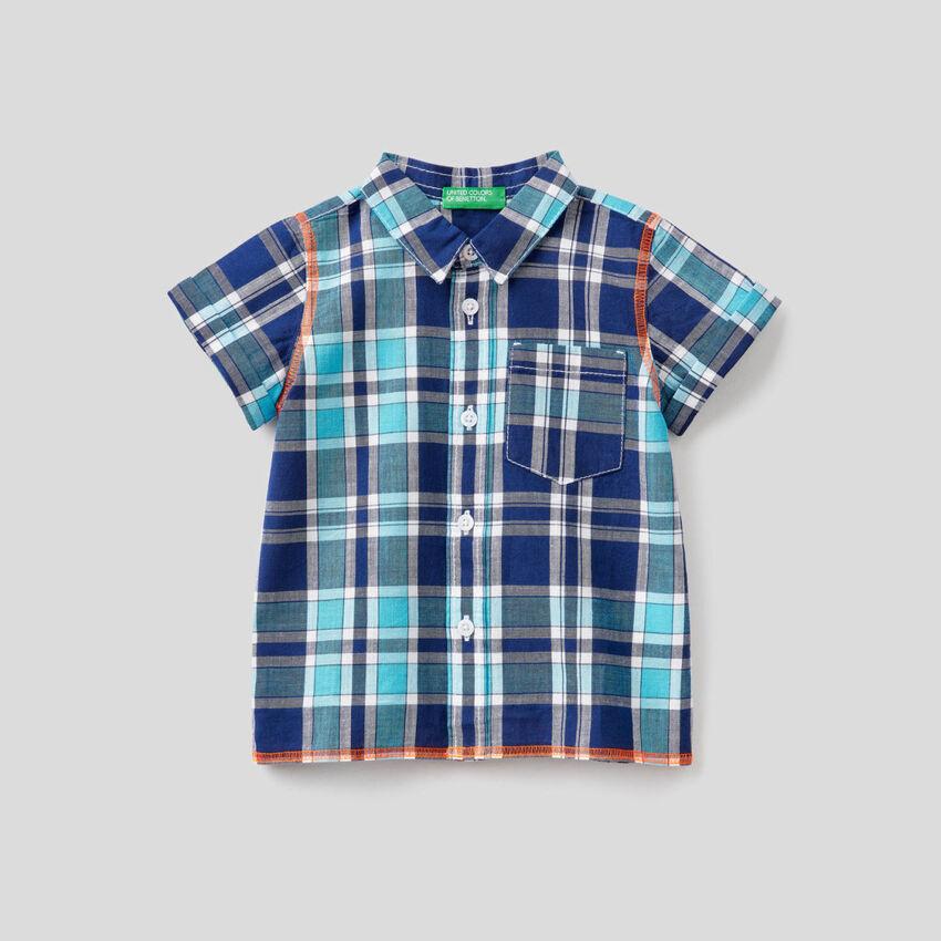 Check shirt with short sleeves