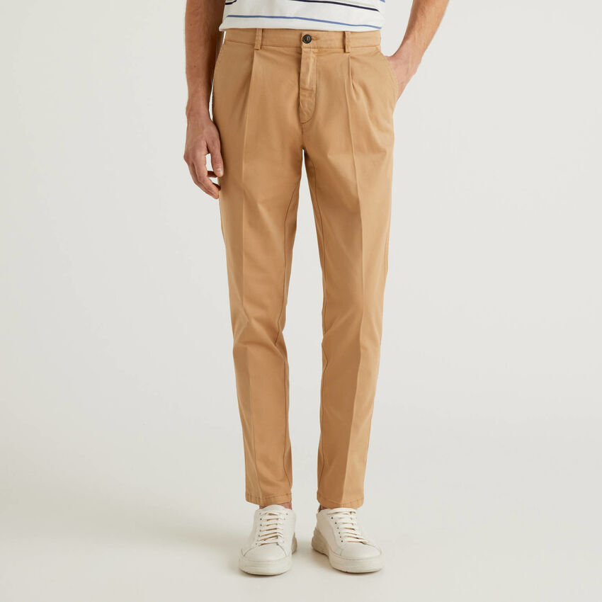 Slim fit chinos in stretch cotton