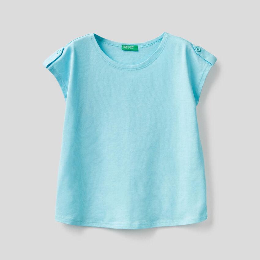 100% cotton solid color t-shirt