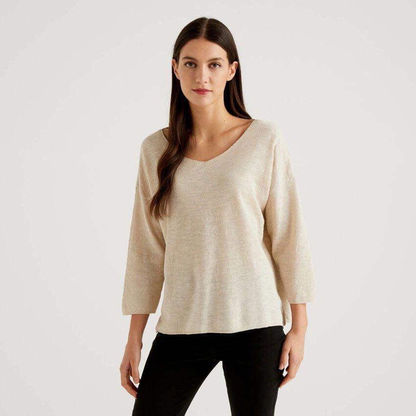 Sweater with 3/4 sleeves