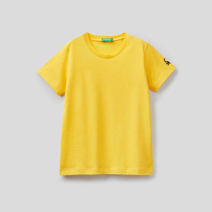 Customizable organic cotton t-shirt