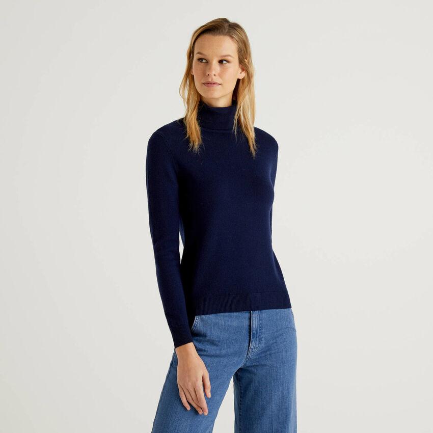 Turtleneck sweater in pure virgin wool