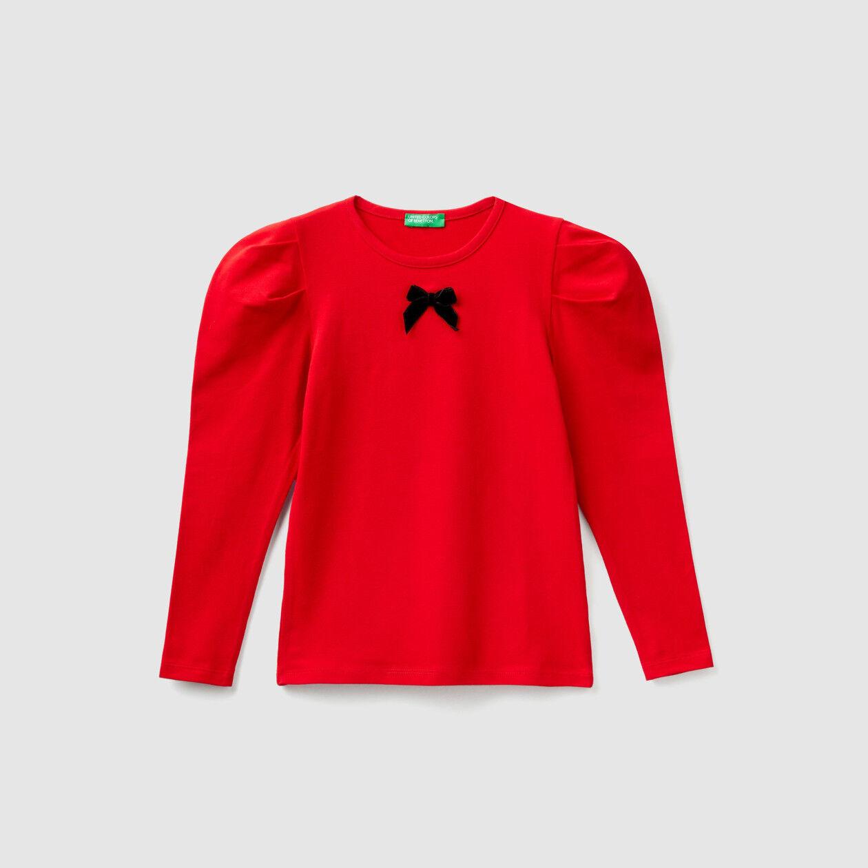 T-shirt with velvet bow