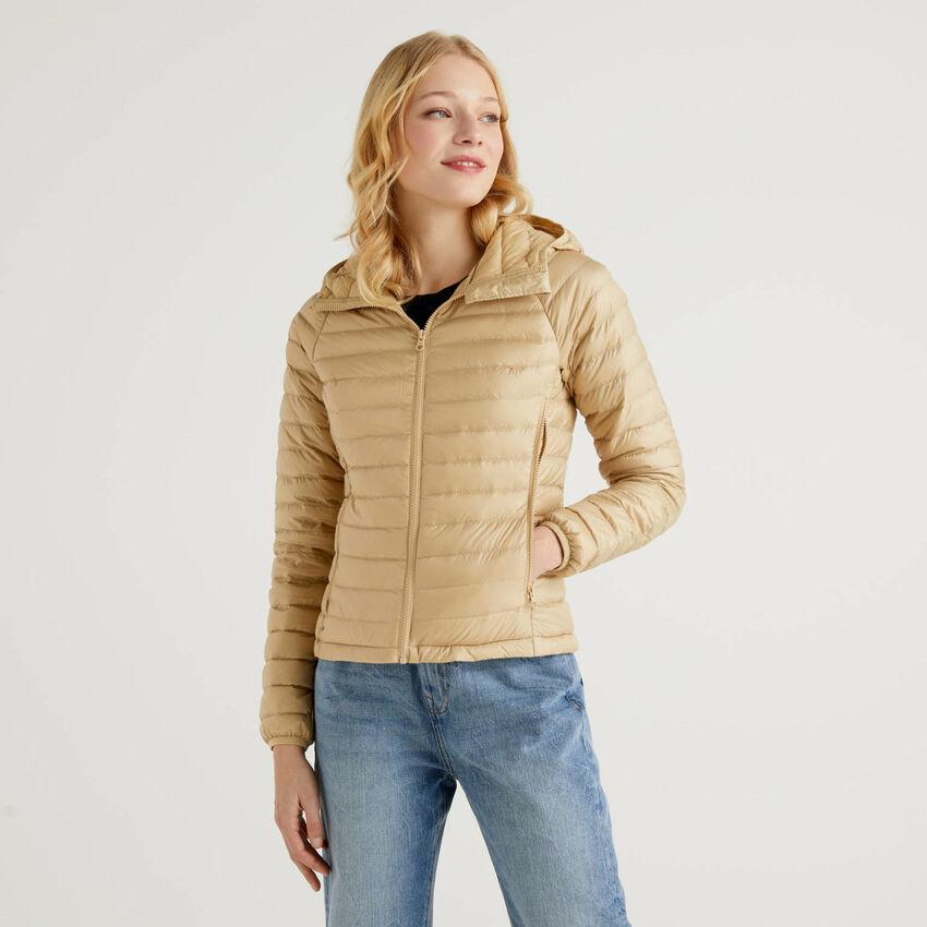 Beige puffer jacket with hood
