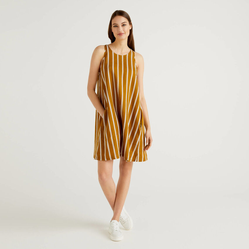 Dress in pattern print 100% linen