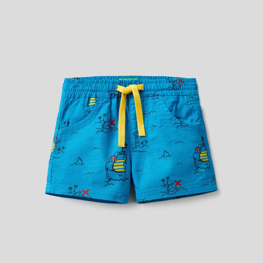 Shorts with treasure island print