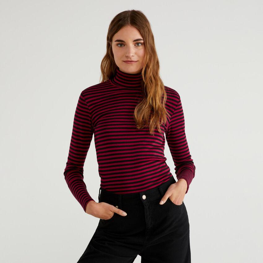 Striped turtleneck t-shirt