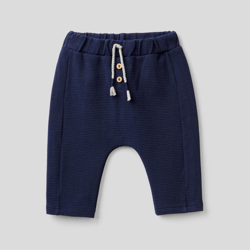 Trousers in stretch organic cotton