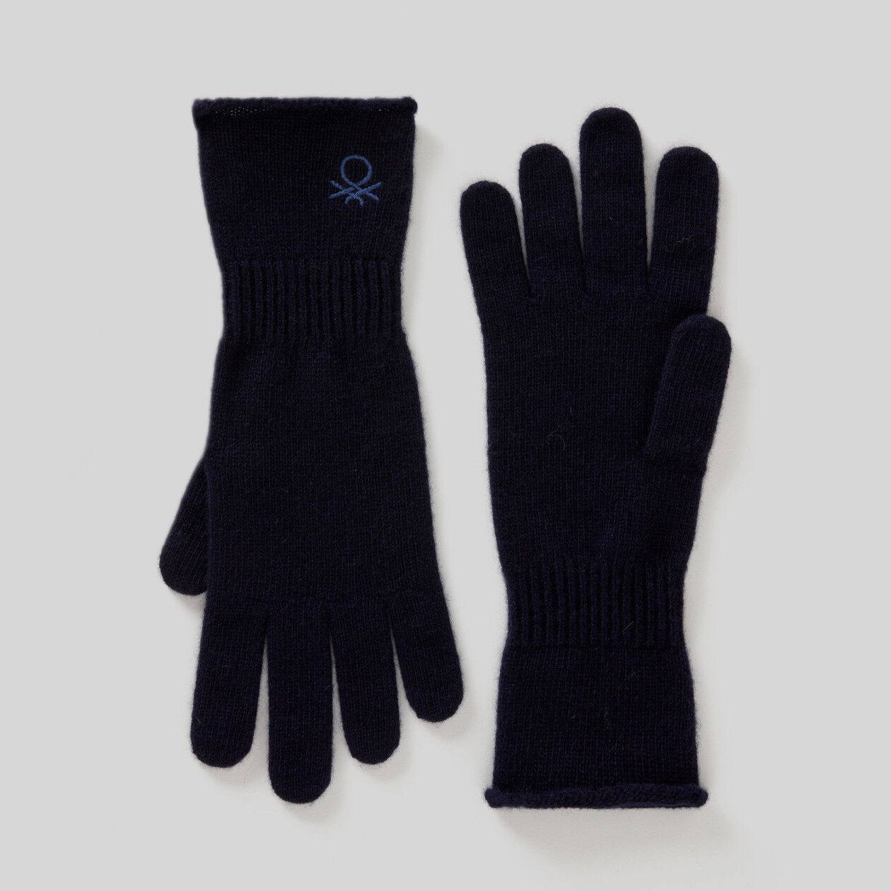 Gloves in wool and cashmere