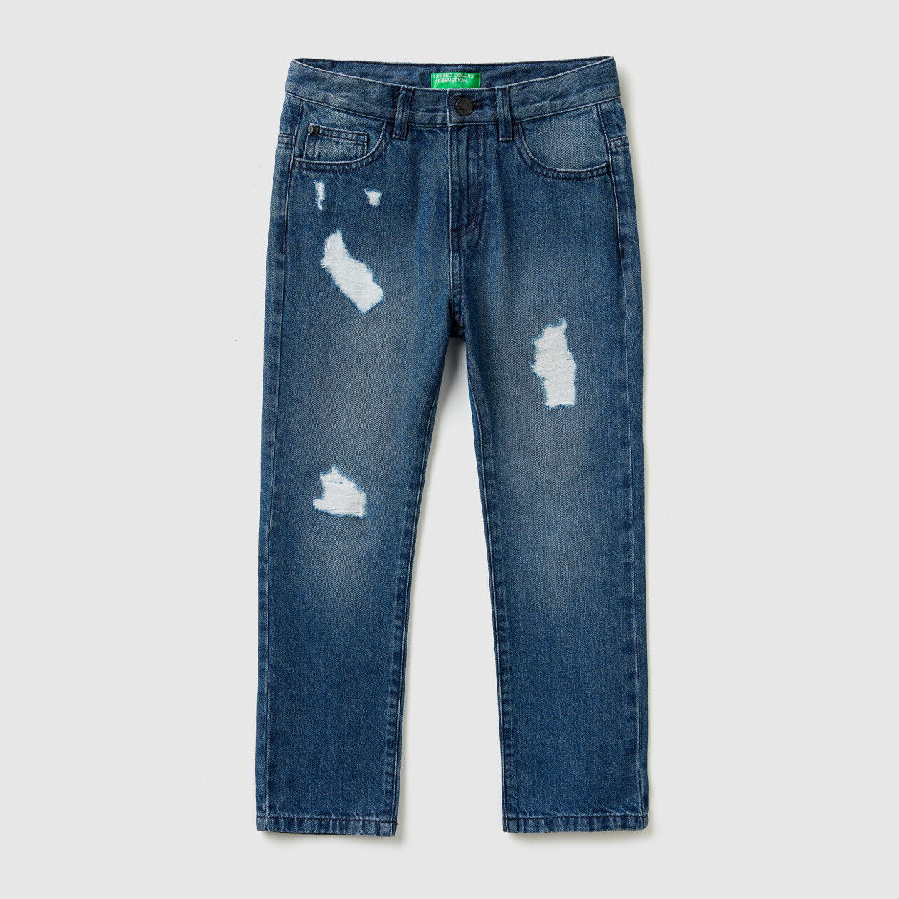 Straight leg jeans with tears