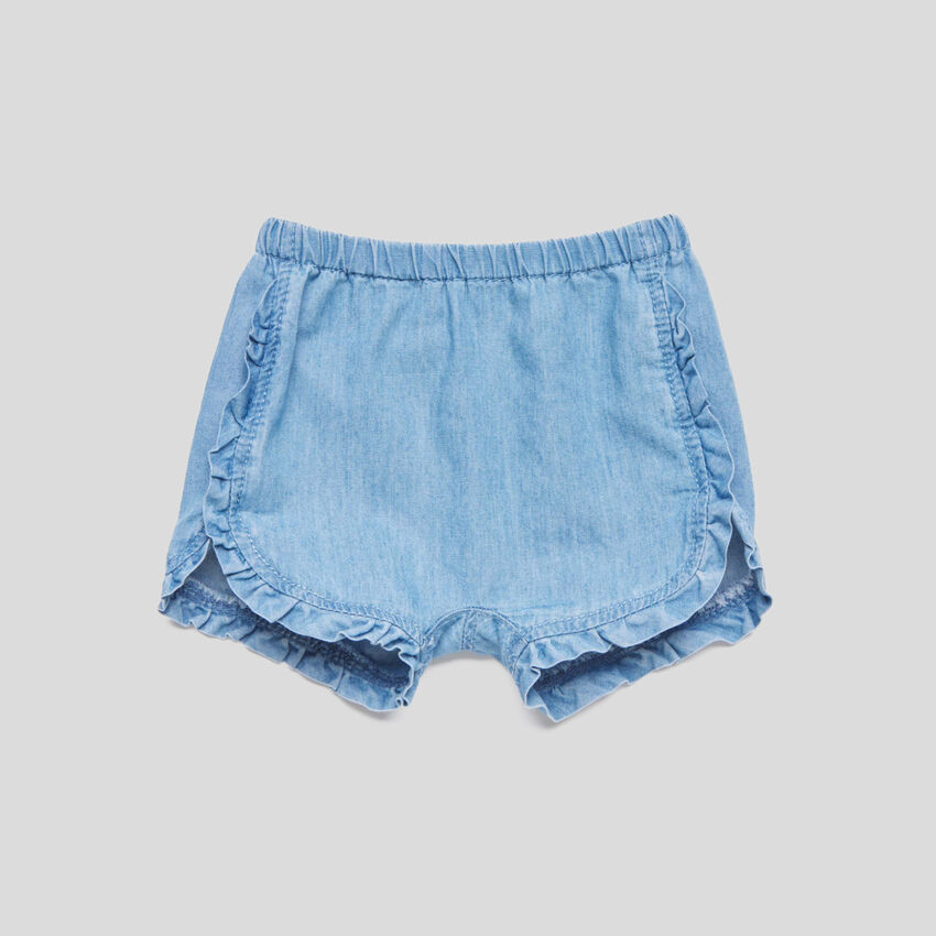 Shorts with rouches