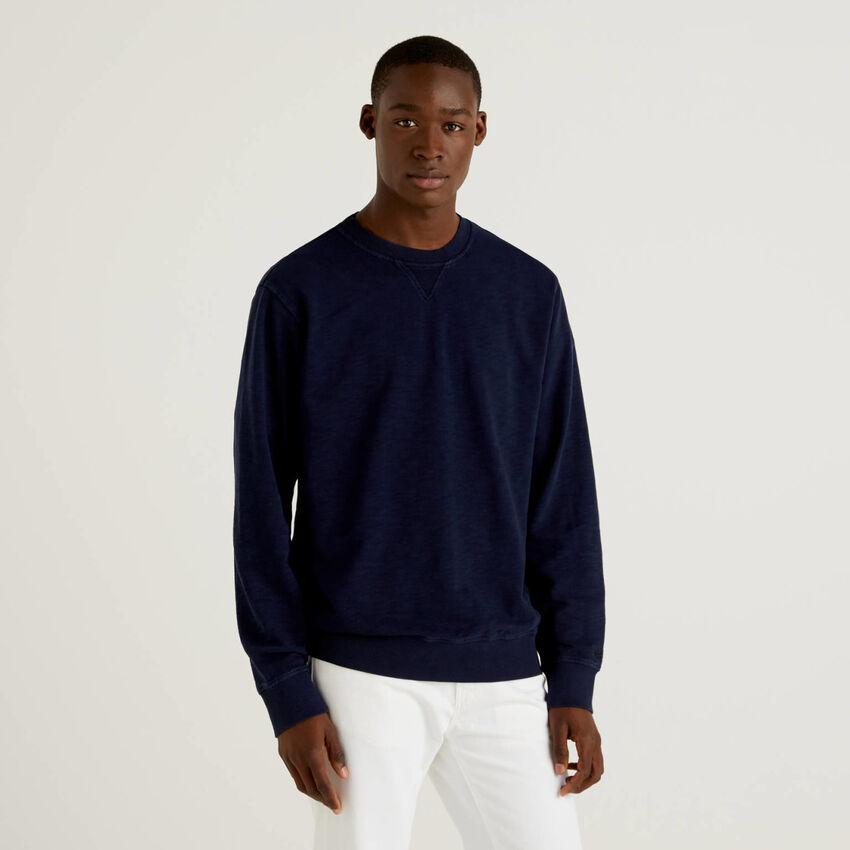 Solid color sweatshirt