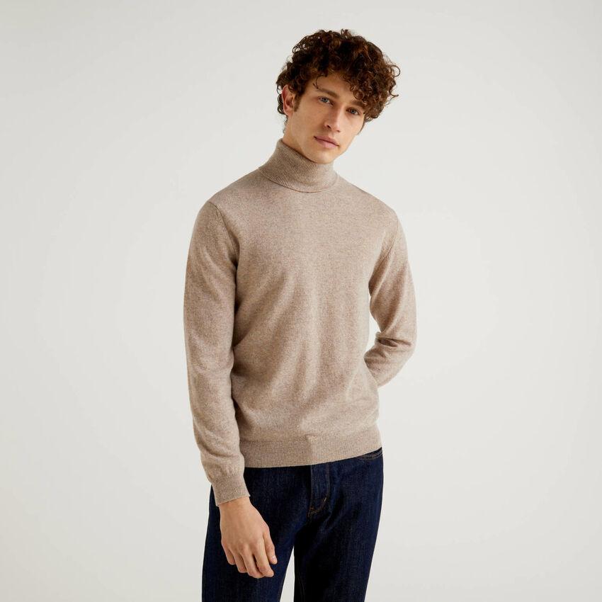 Dove gray turtleneck in pure virgin wool