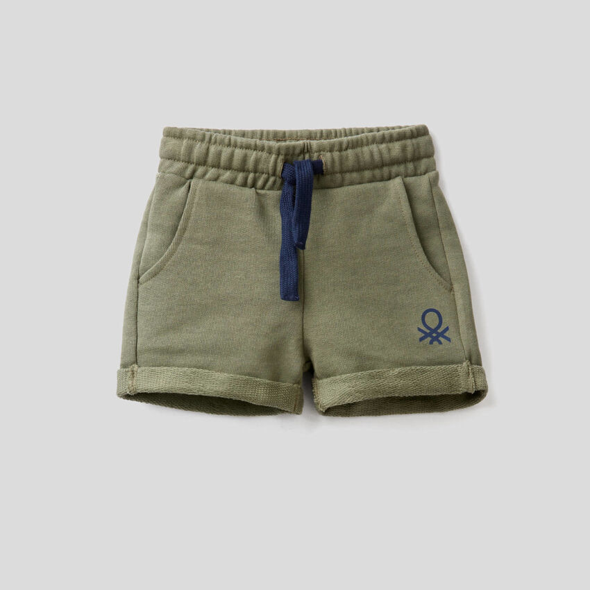 Shorts in 100% cotton sweat
